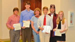 Outstanding Chemistry Students and Faculty Collect Honors