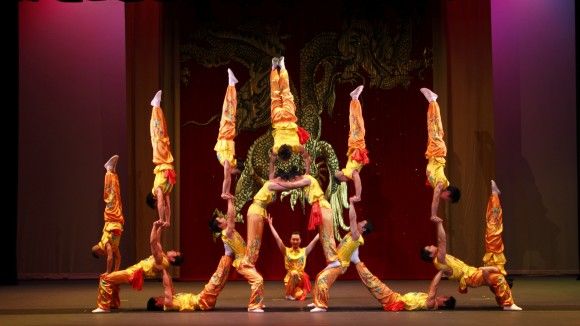 Peking Acrobats to Defy Gravity at the Ford Center