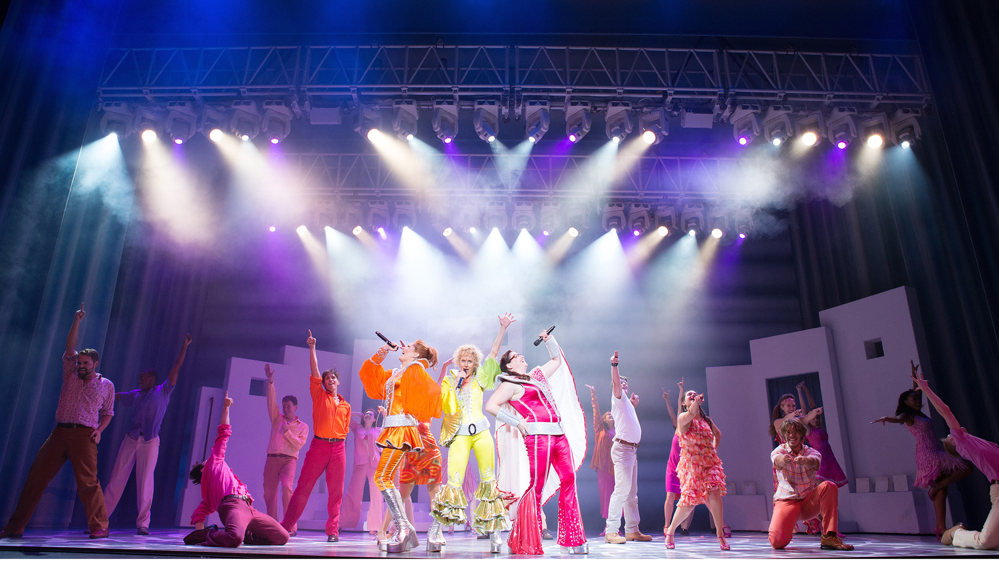 Broadway Hit Musical 'Mamma Mia!' Comes to the Ford Center