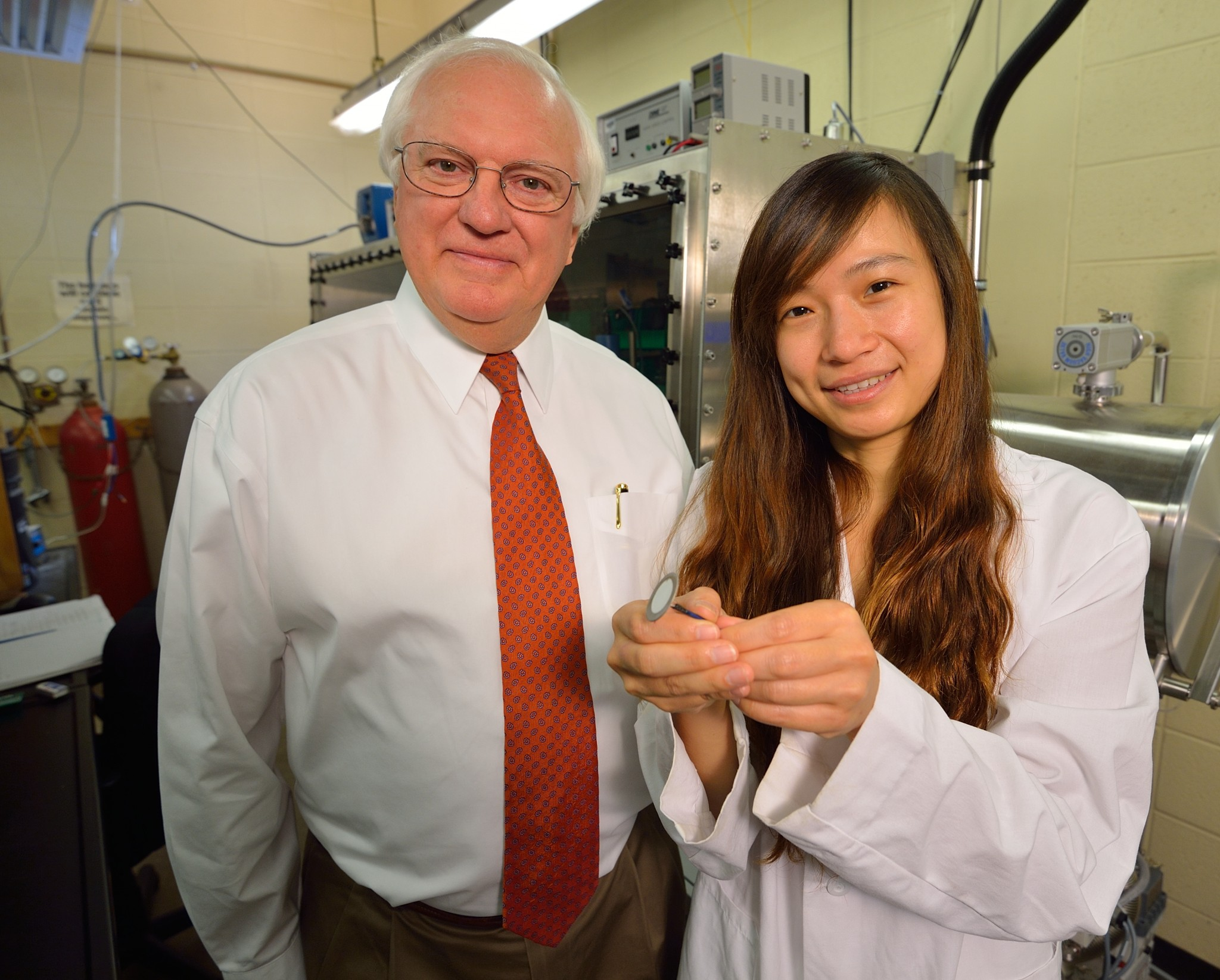 Charles Hussey with postdoctoral research associate Li-Hsien Chou.