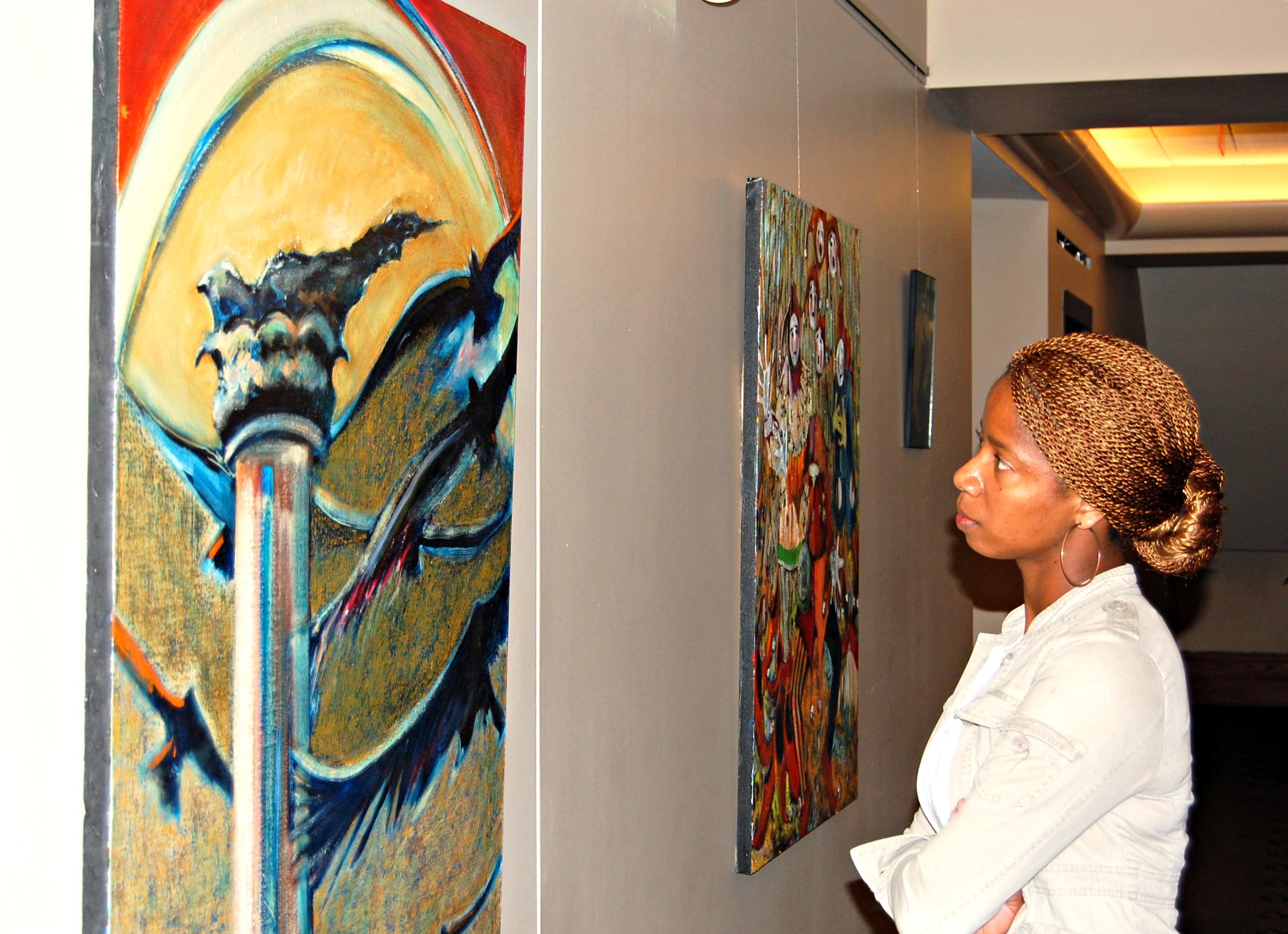 um showcases creations of campus artists