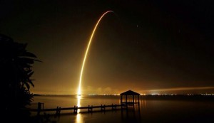 Scene from the launch of SpaceX-4 in September 2014.