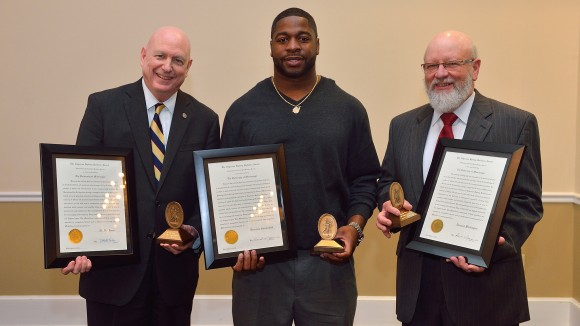 D.T. Shackelford and Darryail Whittington Win 2015 Sullivan Awards