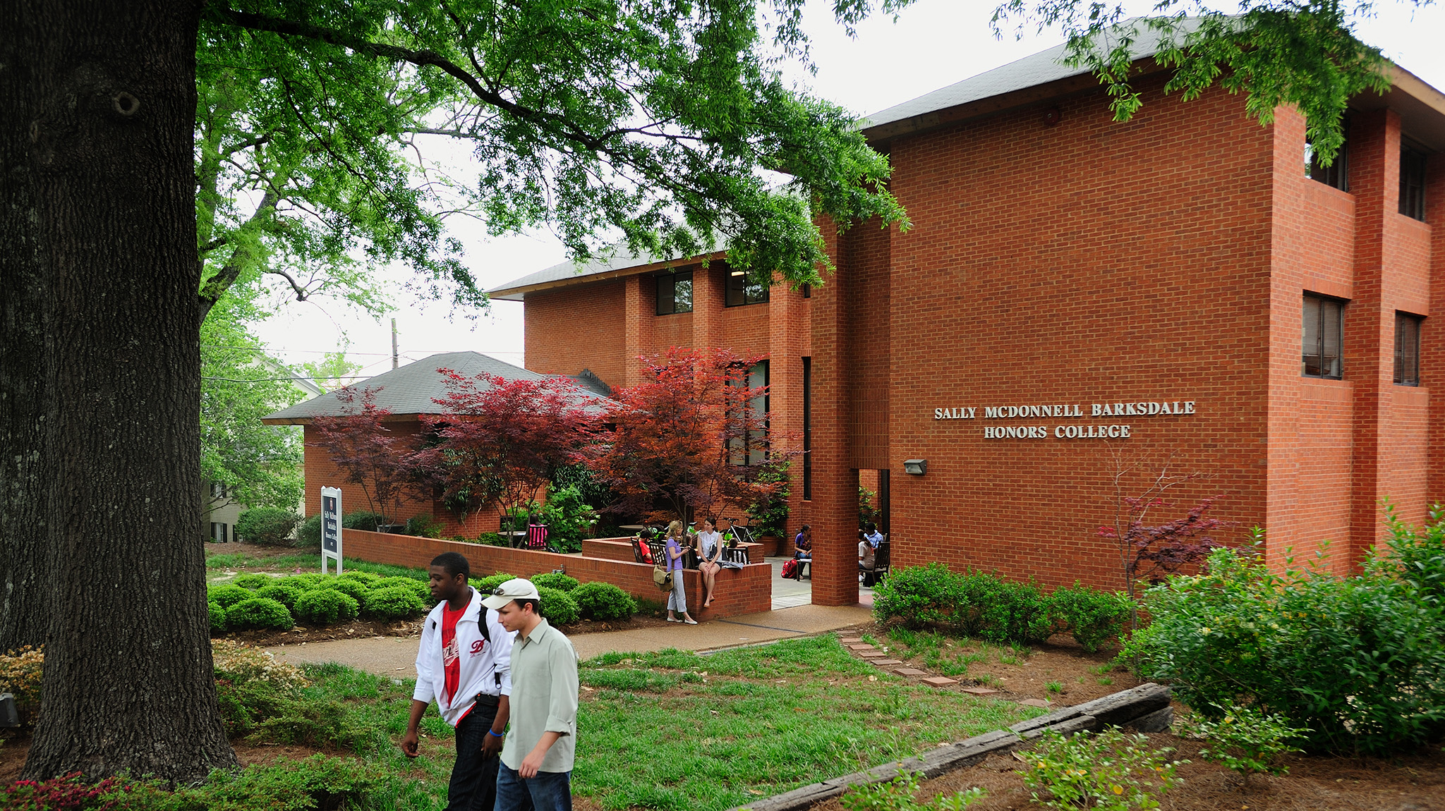 Ford College Graduate Program >> UM Alumnus is First Mississippian to Land German ...
