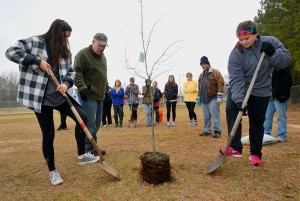 University Observes National Volunteer Week