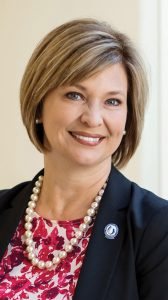 UMMC Chief's Clout Extends to Nation's, Canada's Medical Schools