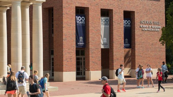 Ole Miss Online MBA Program Ranks in U.S. News Top 25
