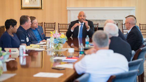 Commissioner Visits UM Oxford, Tupelo Campuses