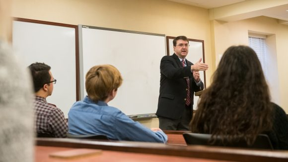 UM Hosts Secretary of Veterans Affairs for Warrior Week