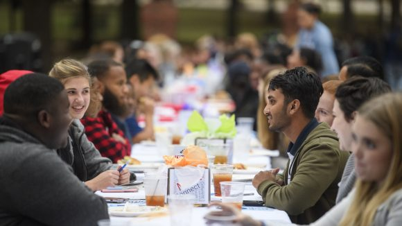 Discussion Over Dinner to Envision an 'Even Stronger University'